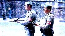 Mavi bereliler koruyor İstanbul'da 7 gündür hiç banka soyulmadı