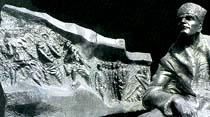 İşte Kenan Evren'in solcu diye veto ettiği heykel
