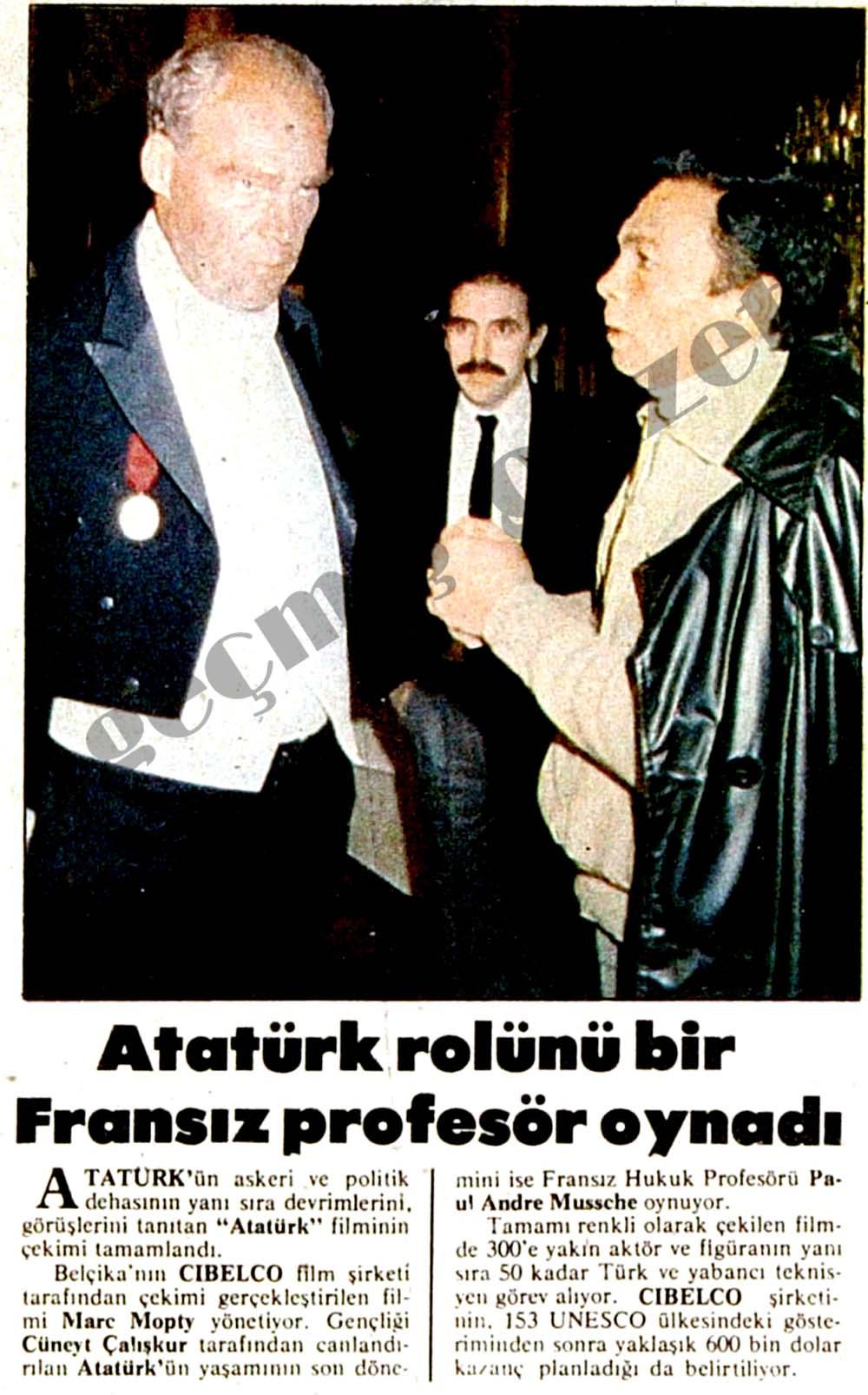 Atatürk rolünü bir Fransız profesörü oynadı