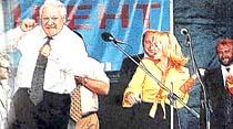 Yeni binyıl sürprizi: Yeltsin gitti