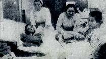 Bir yatakta iki hasta yatıran büyük, modern hastanemiz