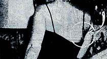 Marilyn'e iltifat edilince Göğsü Kabardı Ve...elbisesinin askısı koptu