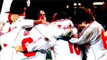 Galatasaray, B.Dortmund'u Almanya'da darmadağın etti