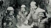 Sovyet kozmonotları rekor kırdı