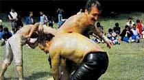 Ünlü Polis Şefi Tantan kuvvetli rakibini iki dakikada yendi!