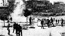 Öğrenciler polisle çatıştı Üniversite gene kapatıldı