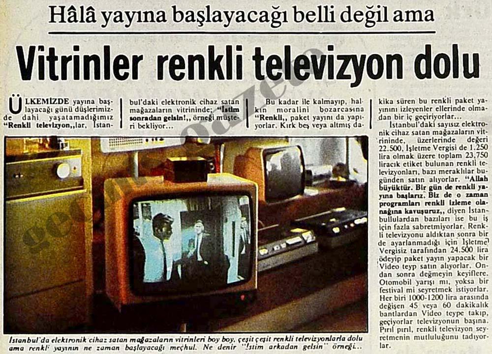 Vitrinler renkli televizyon dolu