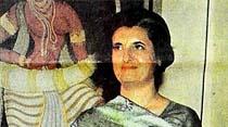 Başbakan İndira Gandi diktatörlüğünü ilan etti