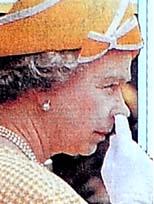 Kraliçe fena yakalandı