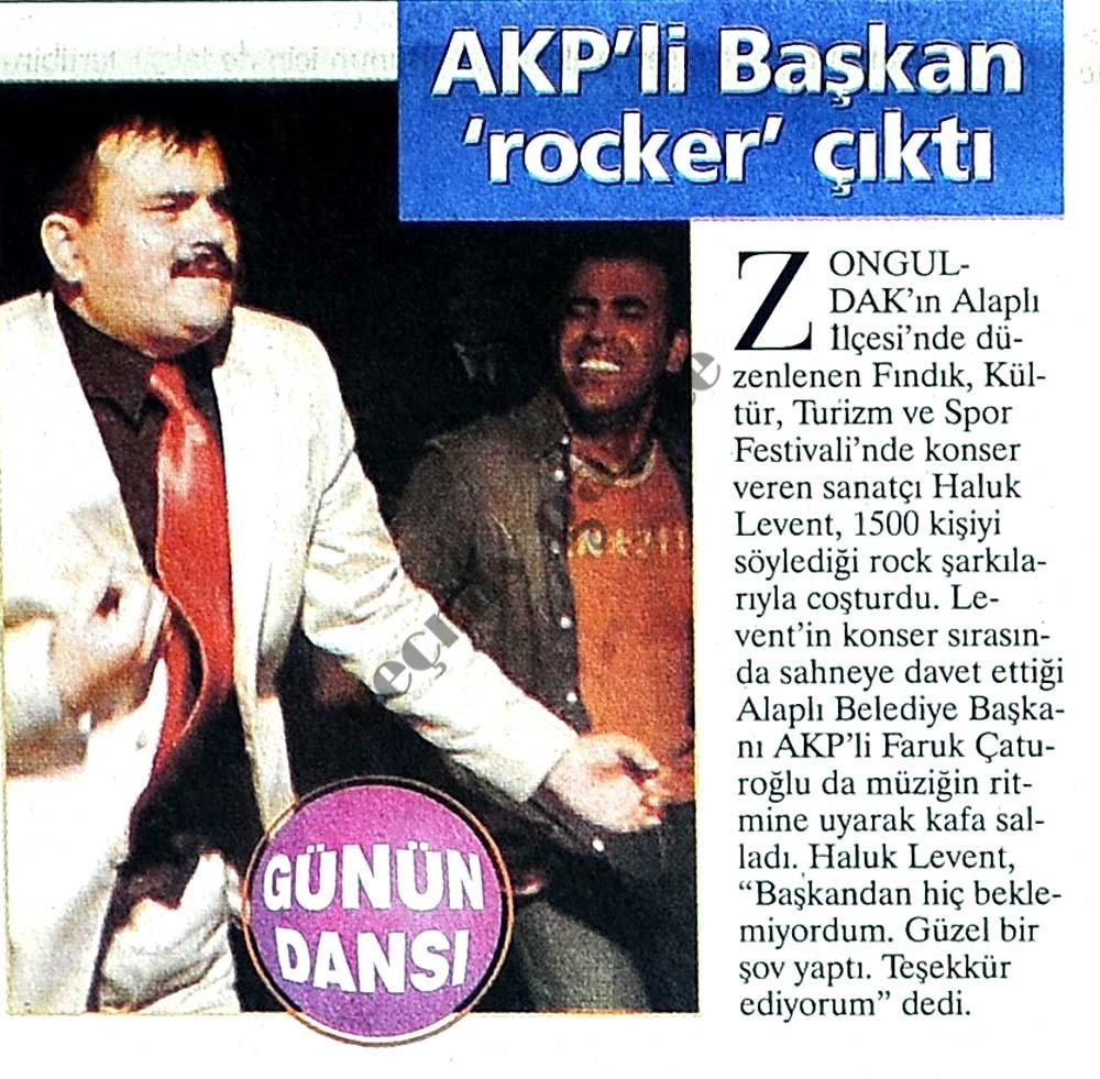 AKP'li Başkan 'rocker' çıktı