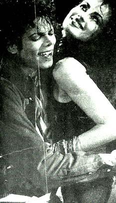 Michael Jackson Brazilyalı bir dansöze aşık oldu
