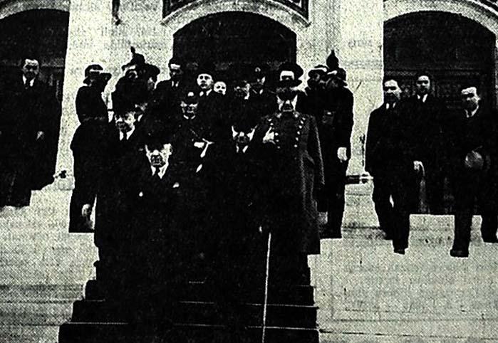 Atatürk'ün, yardımcılık için ilk aklına gelen arkadaşı Fethi Bey idi