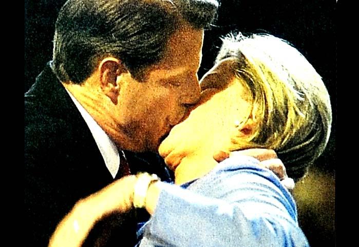 Bill, arka kapıdan yine kadın alıyor