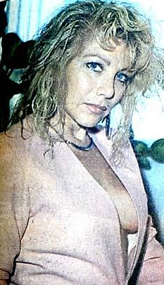 1990 göğüs modası