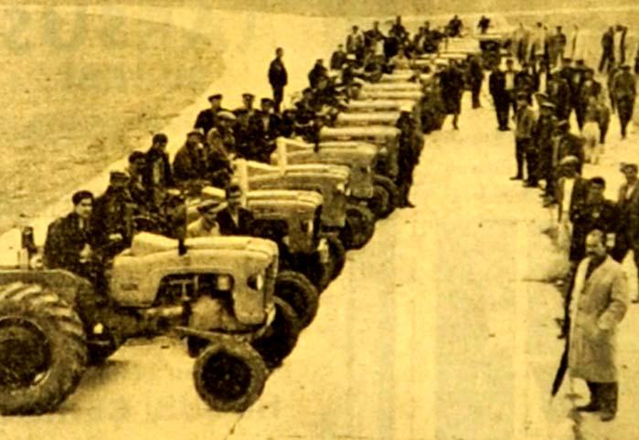 """İlk defa olarak """"Traktör yarışı"""" yapıldı"""
