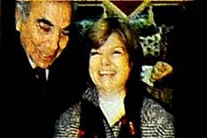 Çiller Başbakanlık koltuğuna oturdu