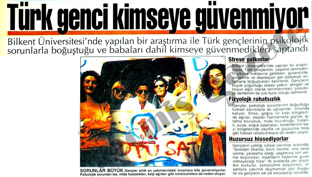 Türk genci kimseye güvenmiyor